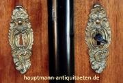 biedermeier_schrank_nussbaum_1-5